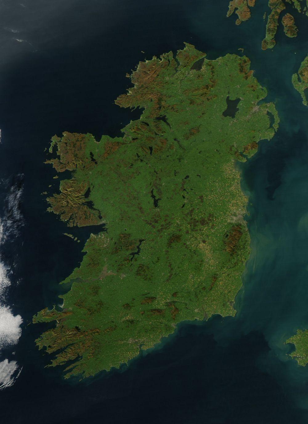 Ireland_amo_2010284_lrg